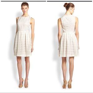 Trina Turk Size 8 Sleeveless Savannah Lace Dress